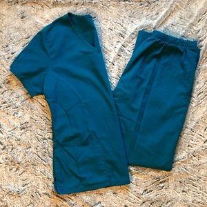 Caribbean blue scrub set size S!